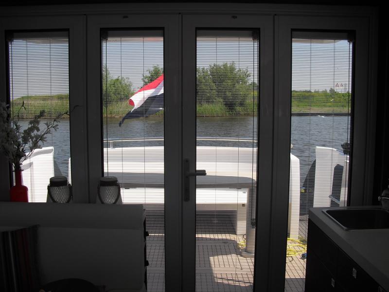 Zonwering Slaapkamer 9 : Screenline zonwering tussen glas pilkington nederland